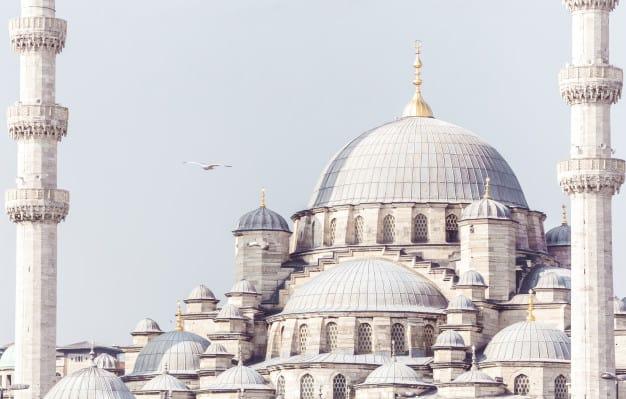 iman-kepada-malaikat-masjid-turki